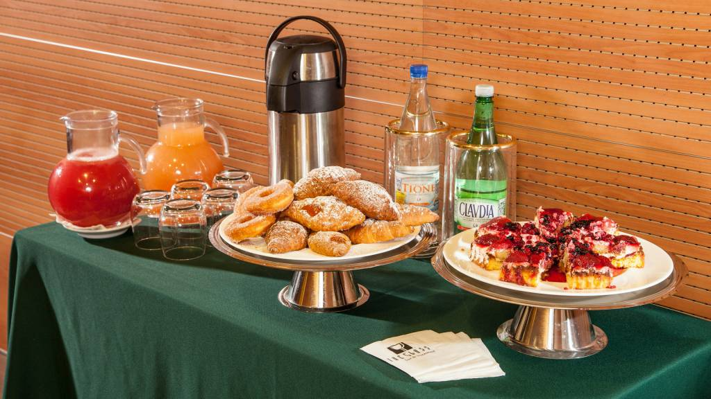 Hotel-Cosmopolita-Roma-coffebreak