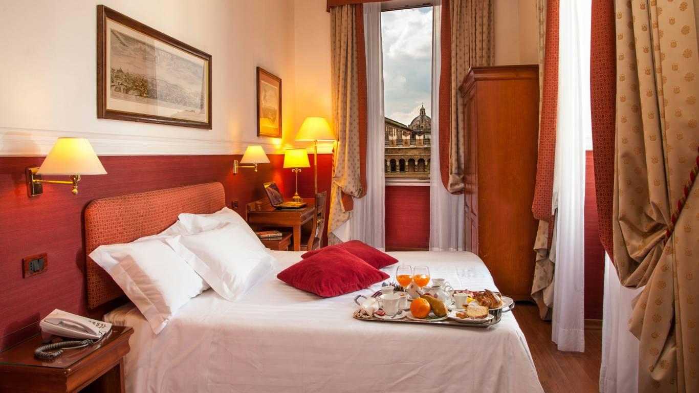 Hotel-Cosmopolita-Roma-Camera2