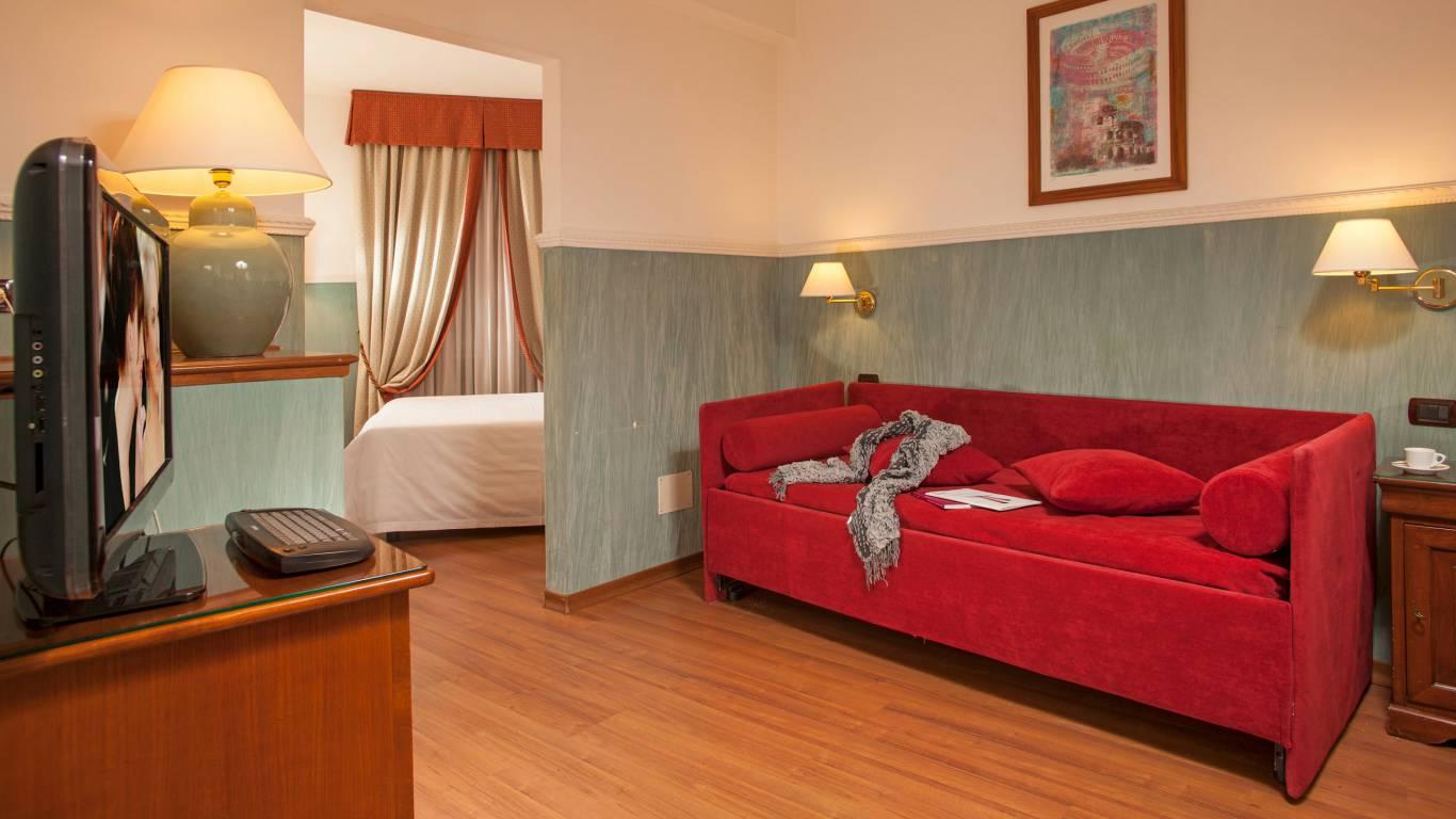 Hotel-Cosmopolita-Rome-room12
