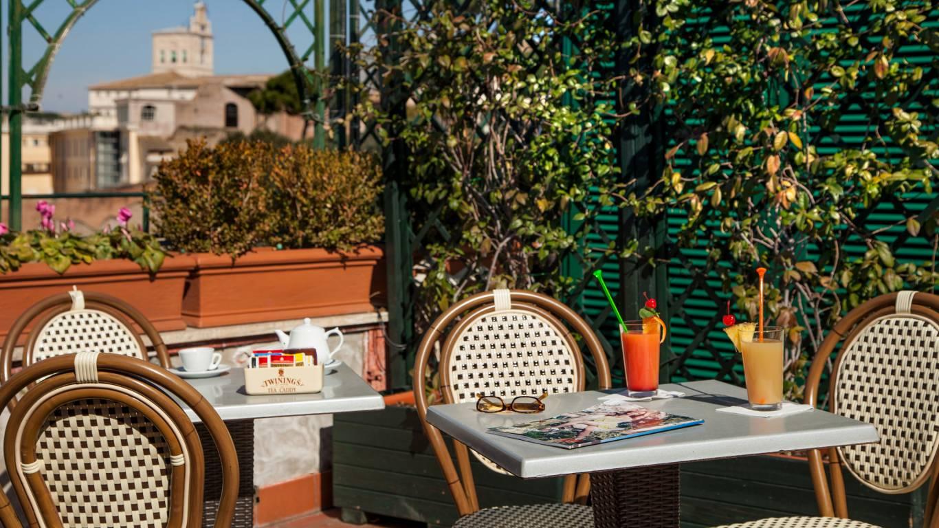 Hotel-Cosmopolita-Roma-terrazza2