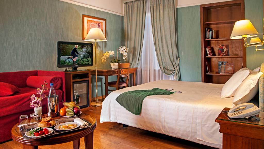 Hotel-Cosmopolita-Rome-Room7