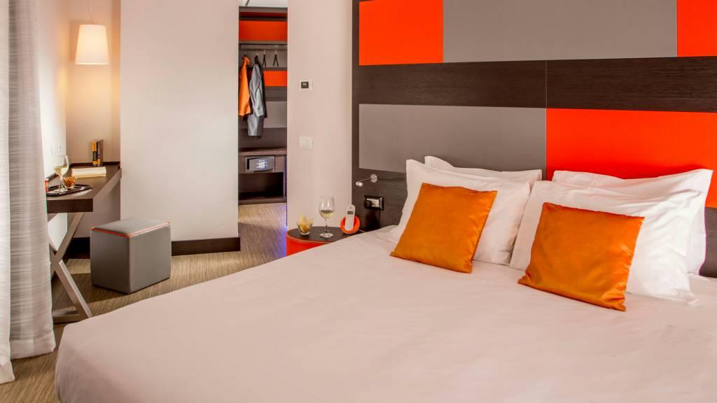Hotel-Cosmopolita-Rome-room18
