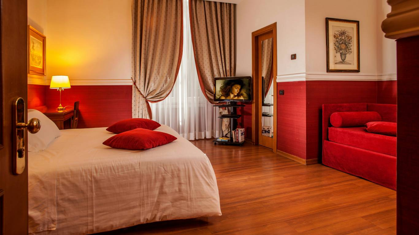 Hotel-Cosmopolita-Rome-Room9
