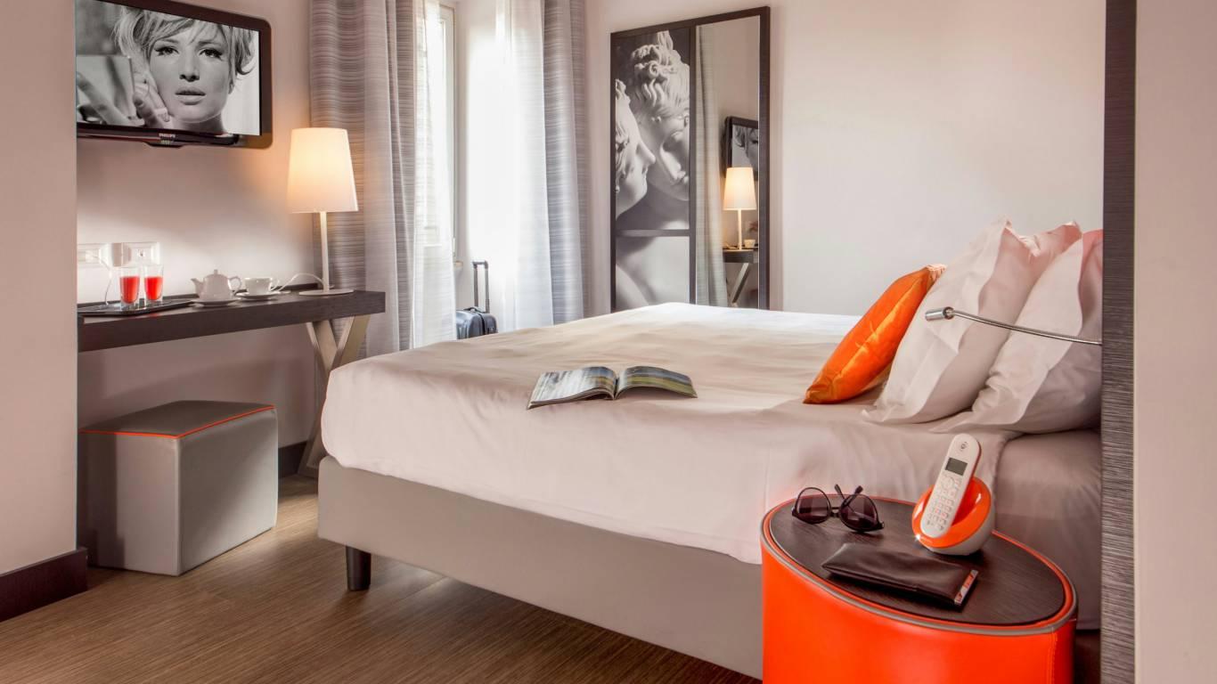 Hotel-Cosmopolita-Rome-Room14