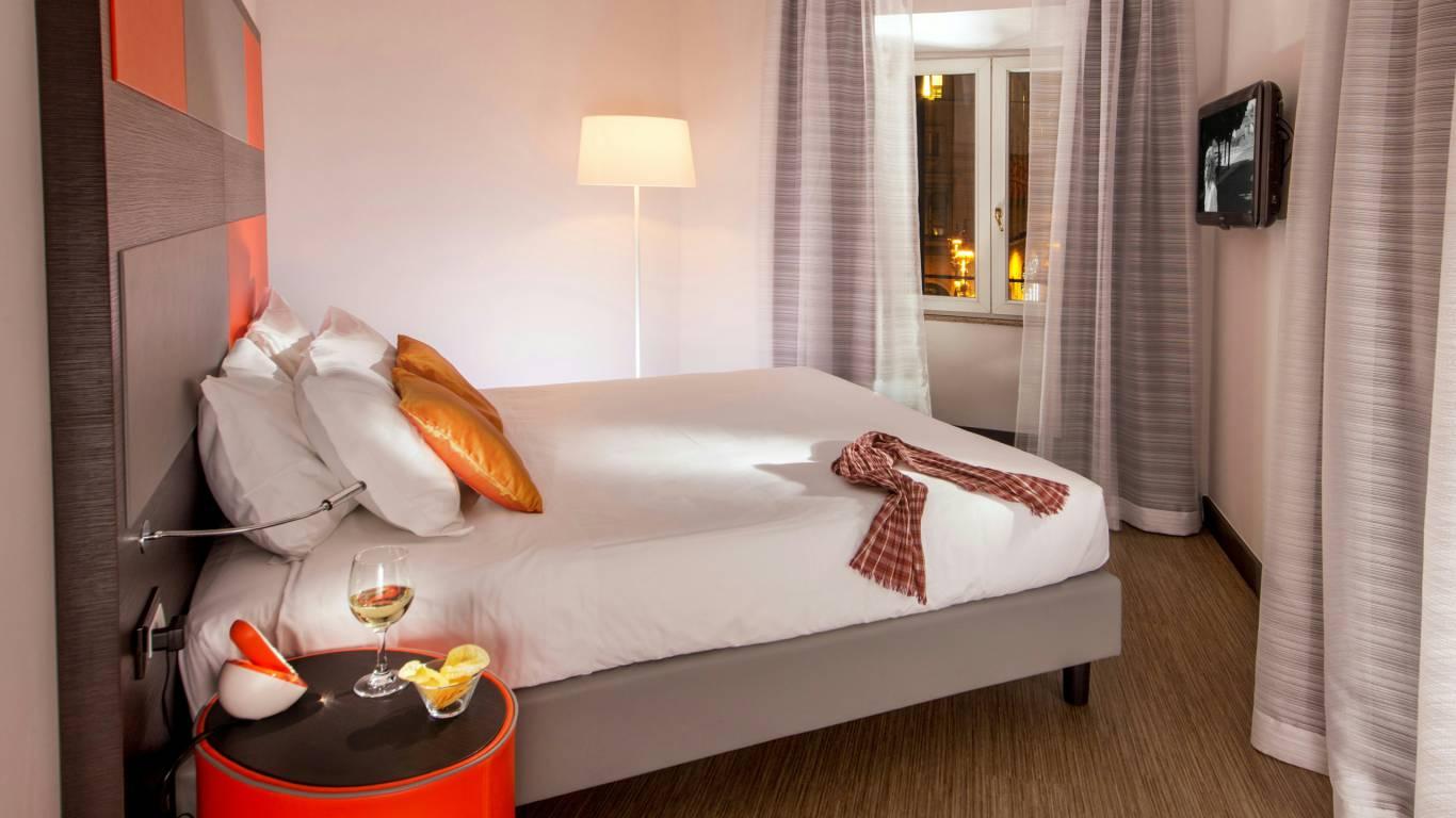 Hotel-Cosmopolita-Rome-room17